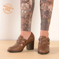 Botin cut out cafe con dos hebillas