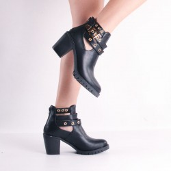Botines Cut Out negros