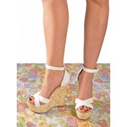 Sandalia con plataforma color blanco